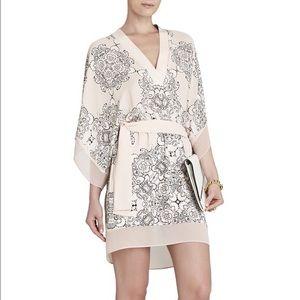 Bcbg lightweight paisley kimono mini